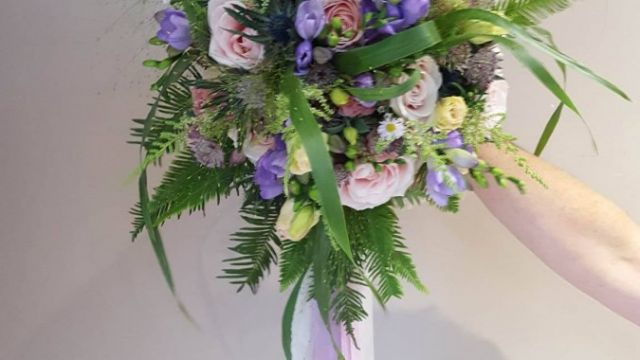 WILD LOOK WEDDING BOUQUET WITH LOTS OF GREENERY 2017 TREND
